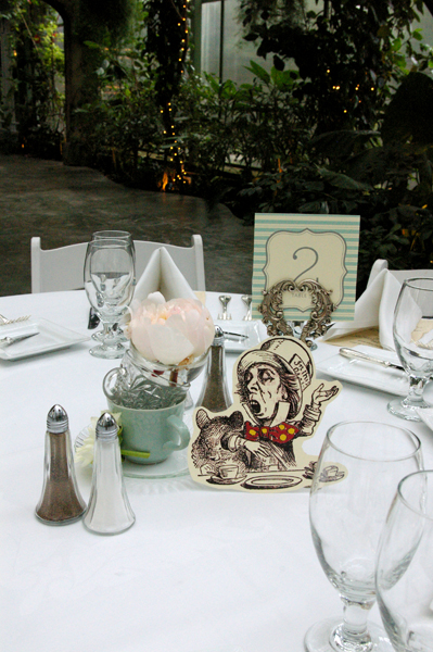 alice in wonderland weddings centerpieces