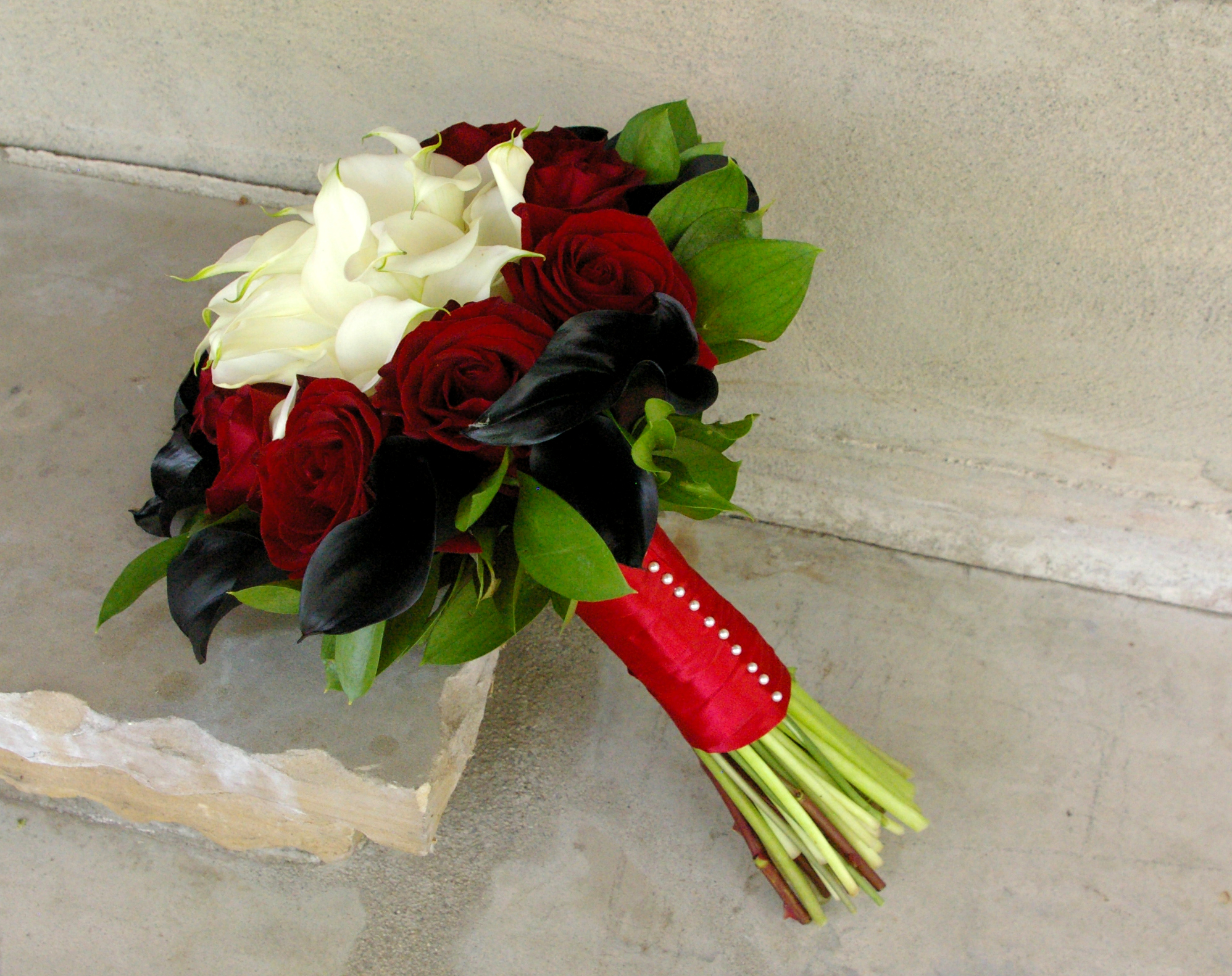 Black And Red Rose Bouquet