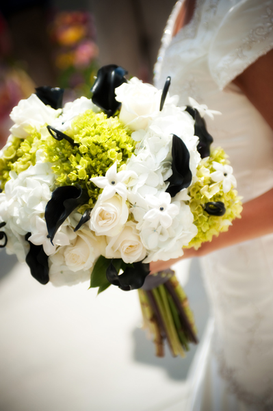 I loved this bouquet super traditional with a unique modern spin and i